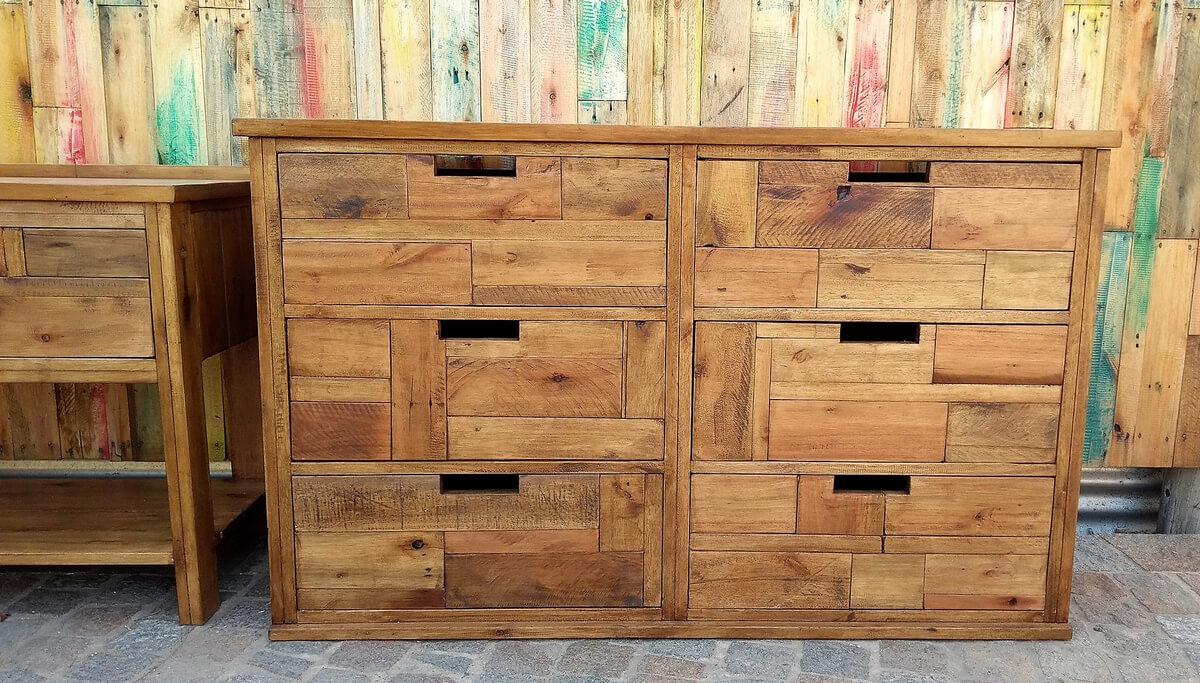pallets made dresser table