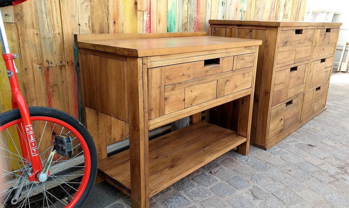 pallets wood dresser table