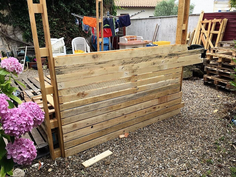 recycled pallets outdoor deck