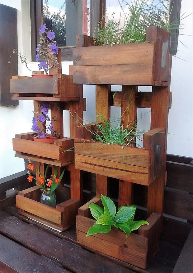 recycled pallets pots stands