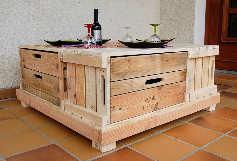 reused pallets table