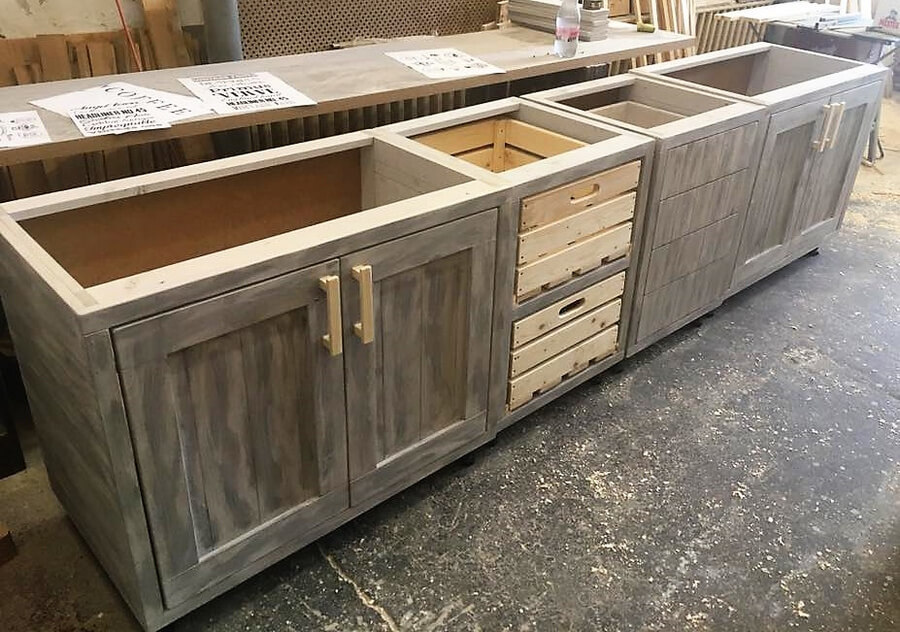 Vintage style repurposed wood pallets kitchen wood for Kitchen units made from pallets