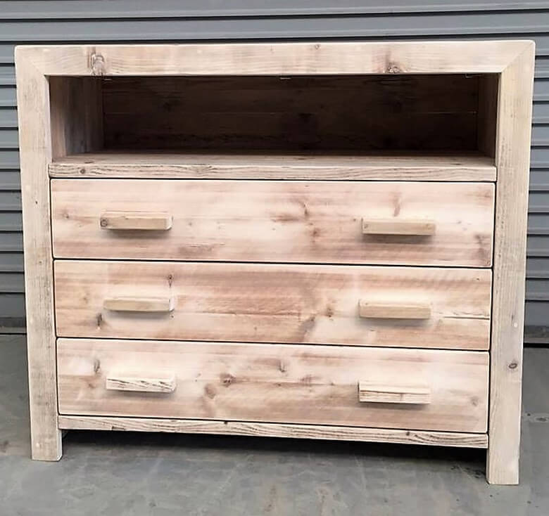 pallets chest of drawers