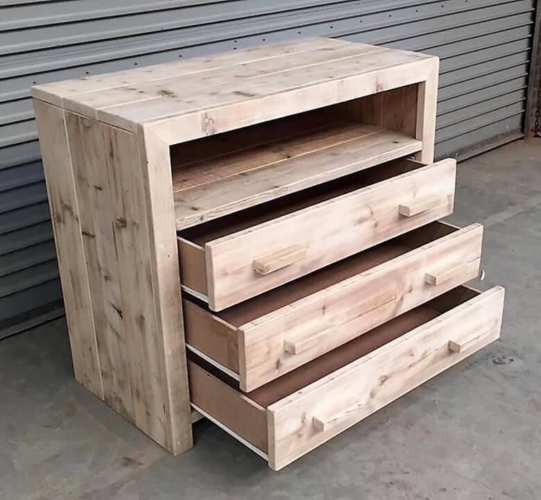pallets drawers chest