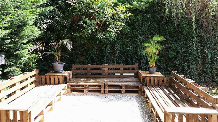 pallets made patio deck