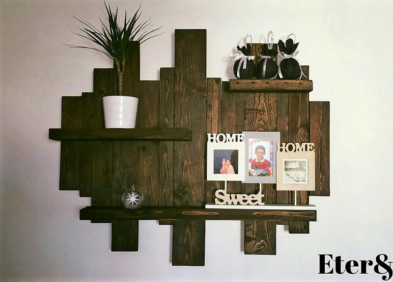 pallets made shelf art 1