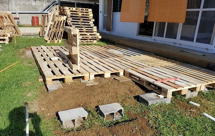 pallets made terrace
