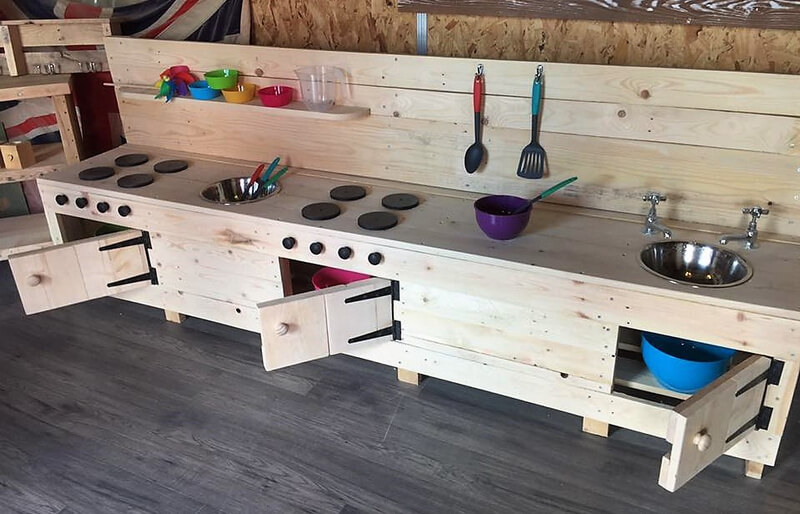 pallets mud kitchen for kids