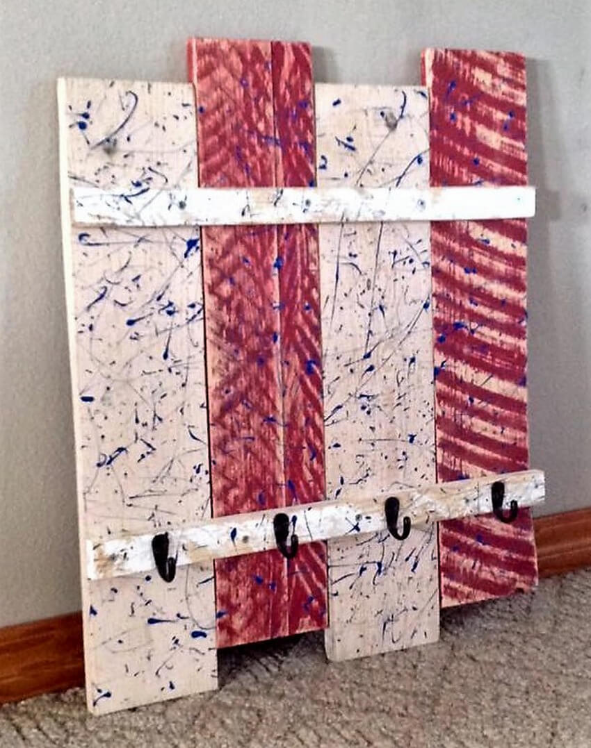 pallets patriotic coat , hat rack
