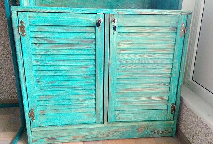 pallets rustic wardrobe