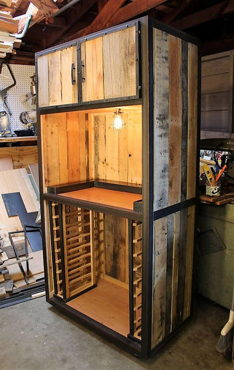 Useful Uses For Old Used Wood Pallets Wood Pallet Furniture