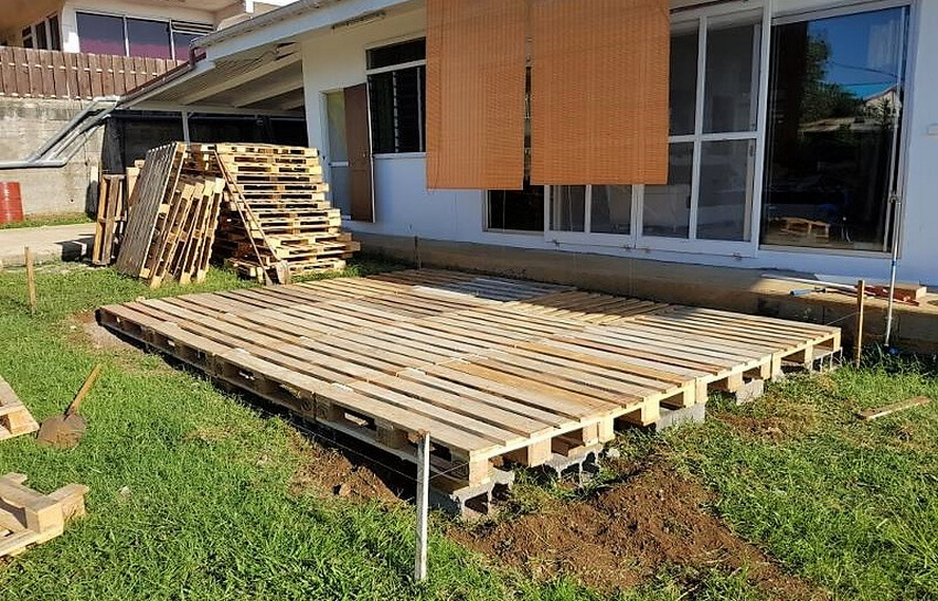 pallets wooden deck