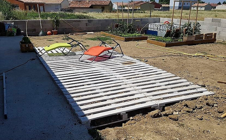pallets wooden garden terrace