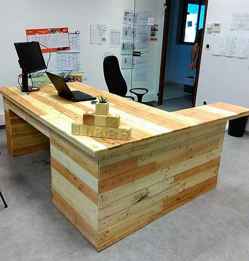 pallets wooden made office table