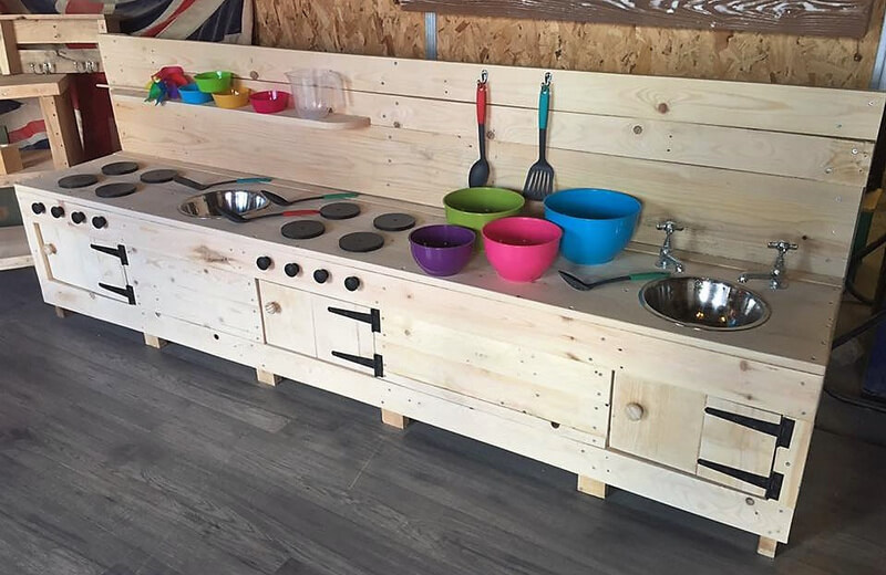 recycled pallets mud kitchen