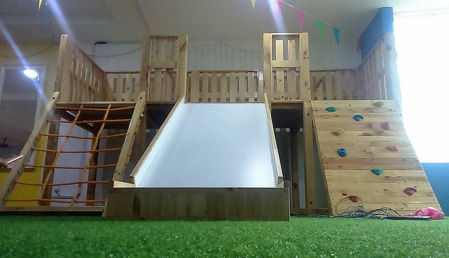 recycled pallets playground