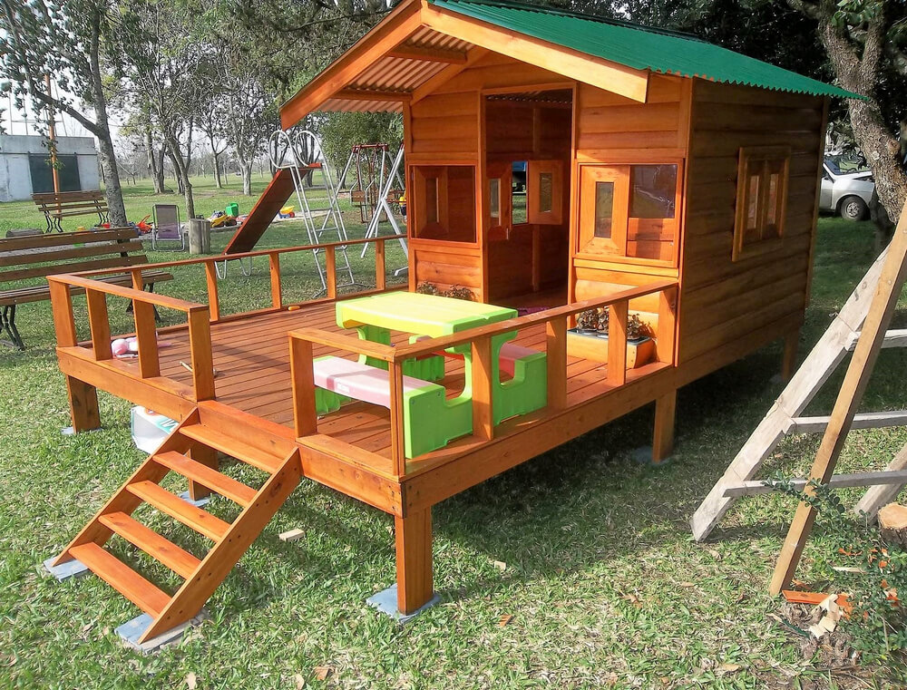 recycled wooden pallets kids house