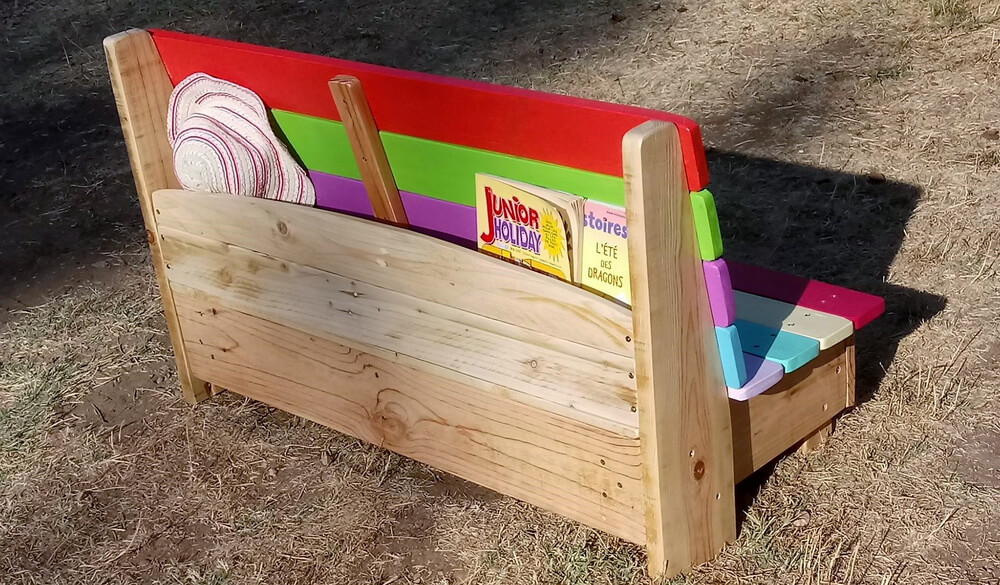 wood pallets kids bench