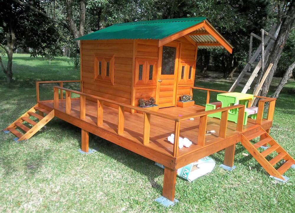 Repurposed Wood Pallets Made Kids Patio Playhouse Wood Pallet Furniture