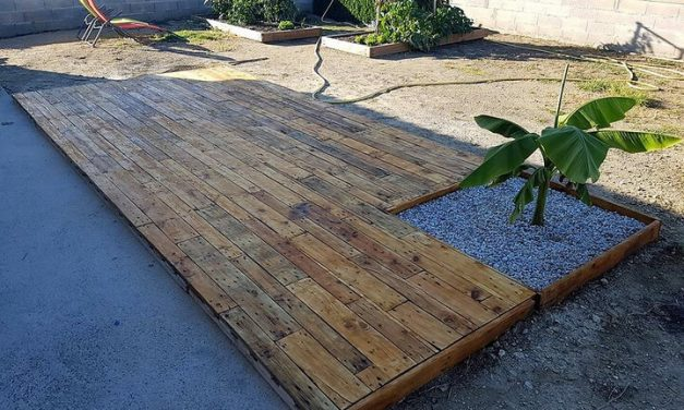 DIY Wooden Pallets Garden Terrace Plan