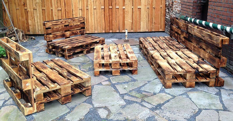 wooden pallets made patio furniture set