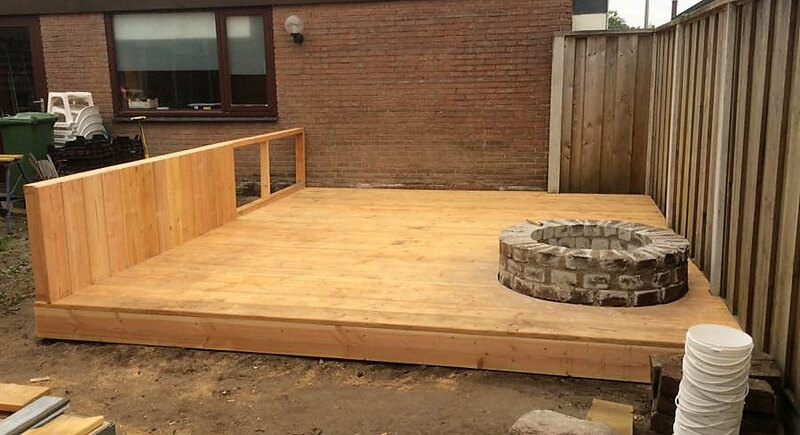 diy pallet terrace in garden
