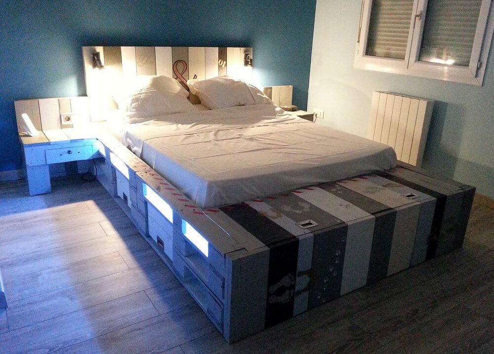 pallets wood made bed