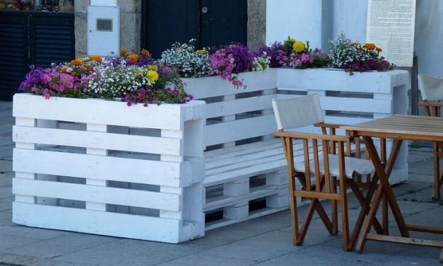 Wonderful Creations With Recycled Wood Pallets
