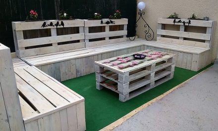 Repurposed Wooden Pallets Patio Lounge