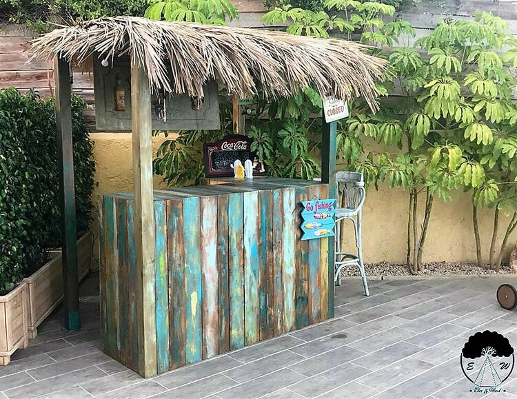 recycled pallets made bar