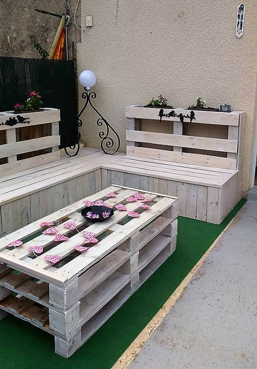 recycled pallets patio lounge 2