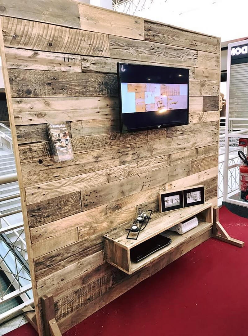 recycled pallets tv stand