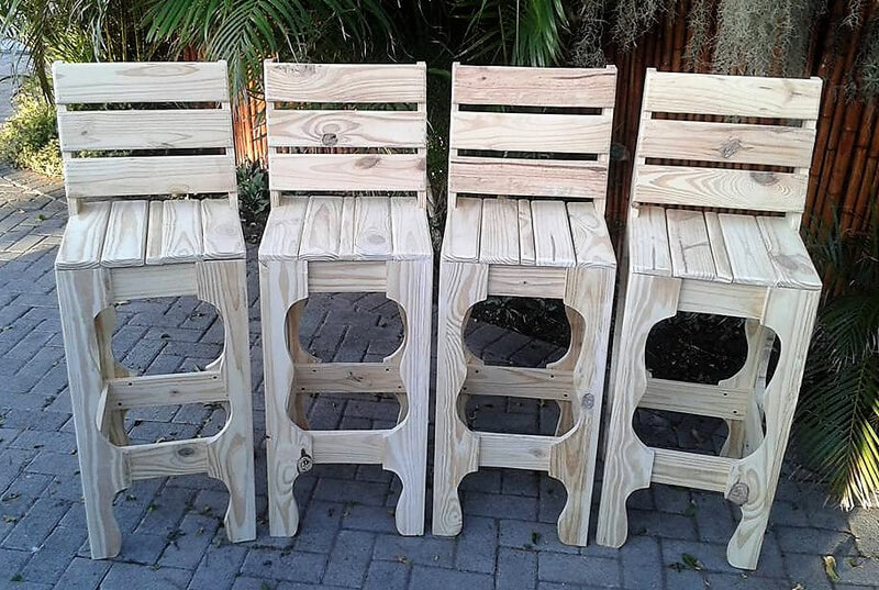 wood pallets bar chairs