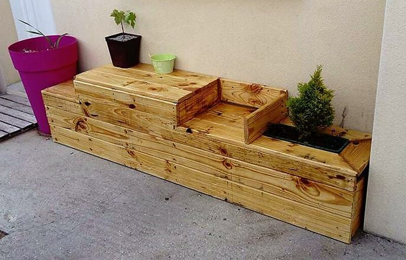 wooden pallet patio planter bench