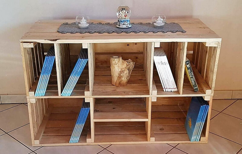 pallets entryway shelving table