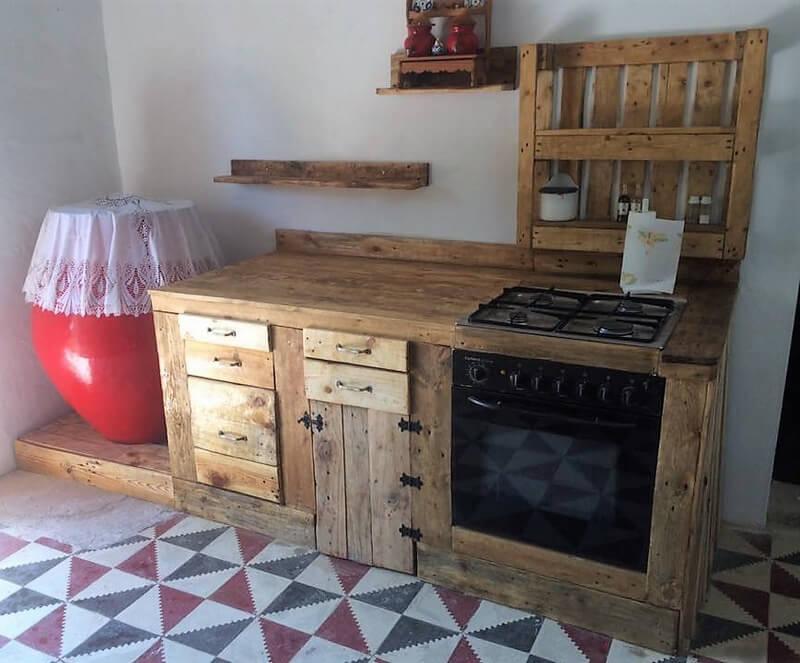 pallets made kitchen plan