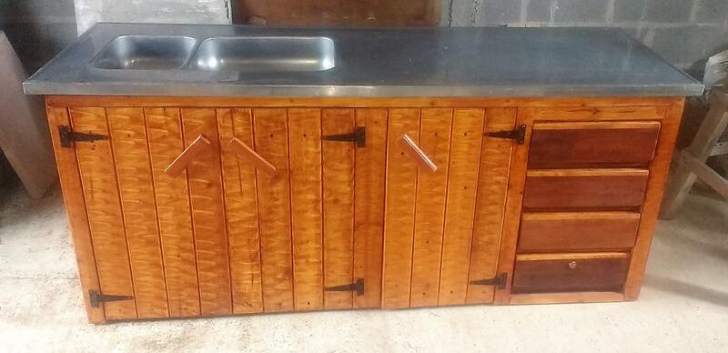 pallets made kitchen sink idea