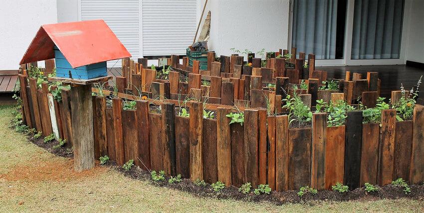 pallets wood raised garden