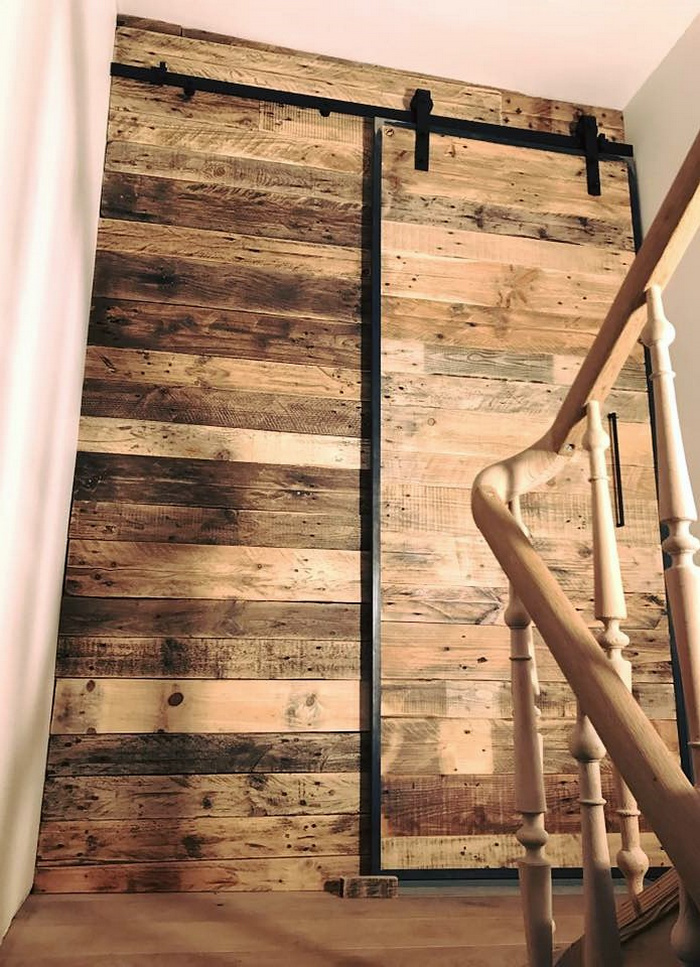 recycled pallets sliding door