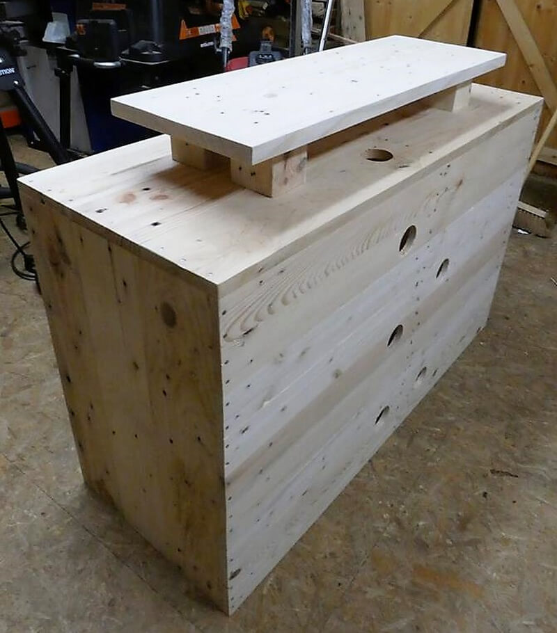 reused pallets tv stand