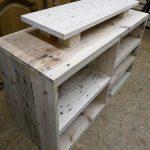 Repurposed Wood Pallets TV Stand Idea