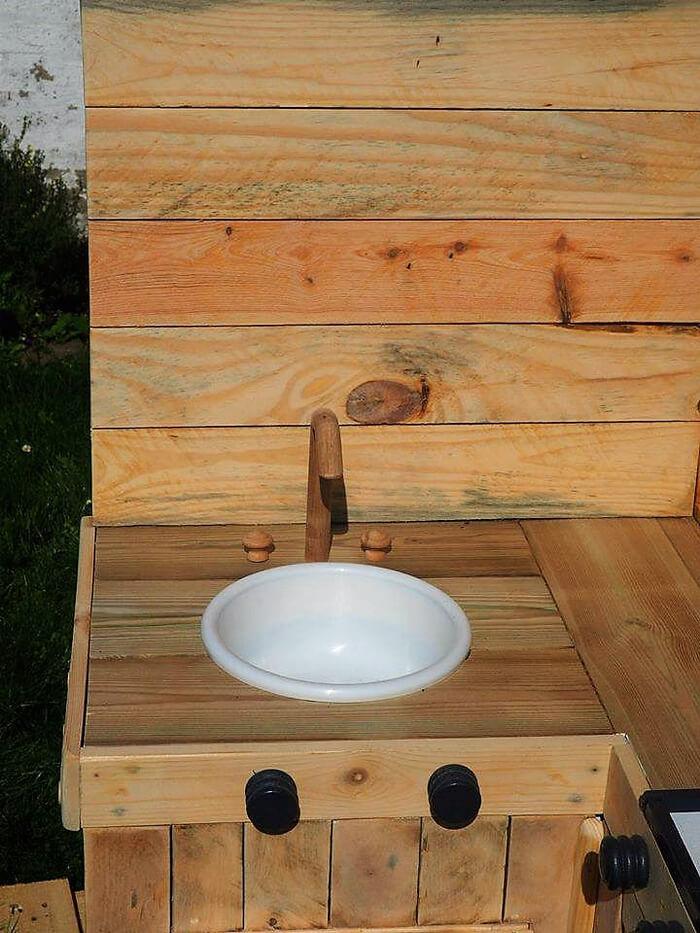 wooden pallets mud kitchen