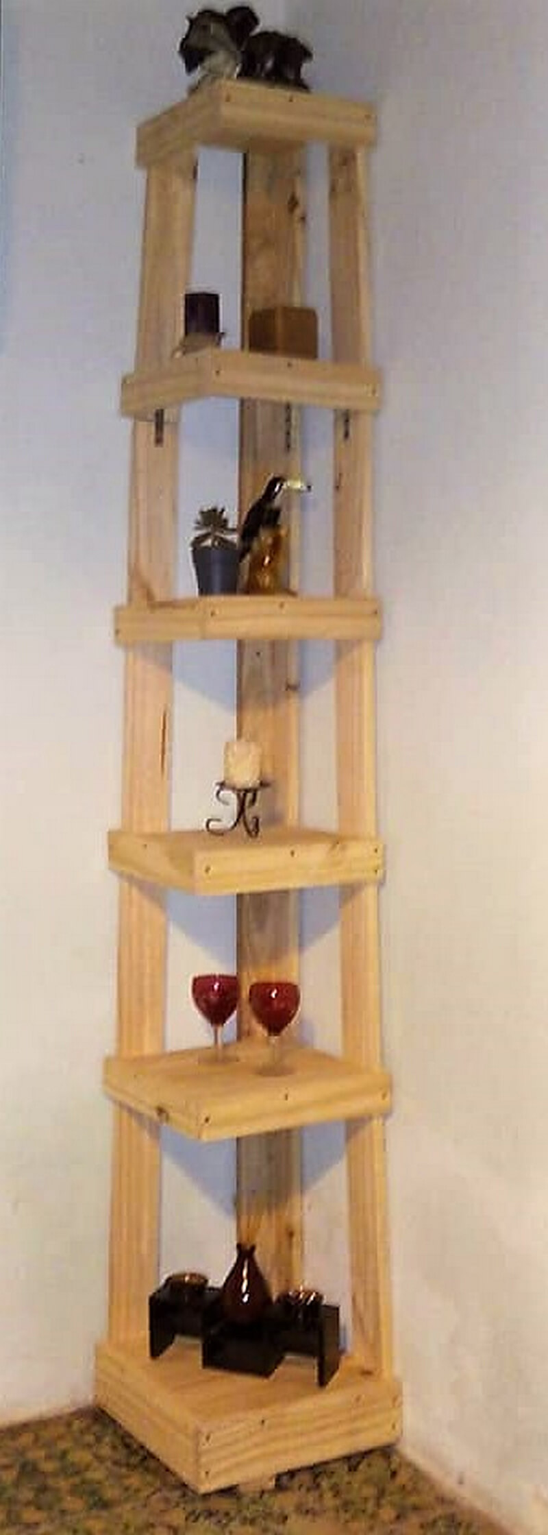 pallet corner decor shelf