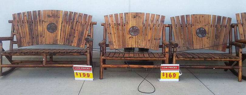 pallet made benches