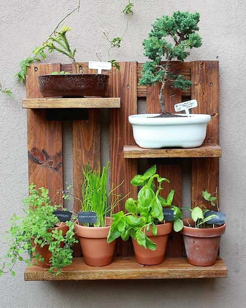 pallet wall pots stand
