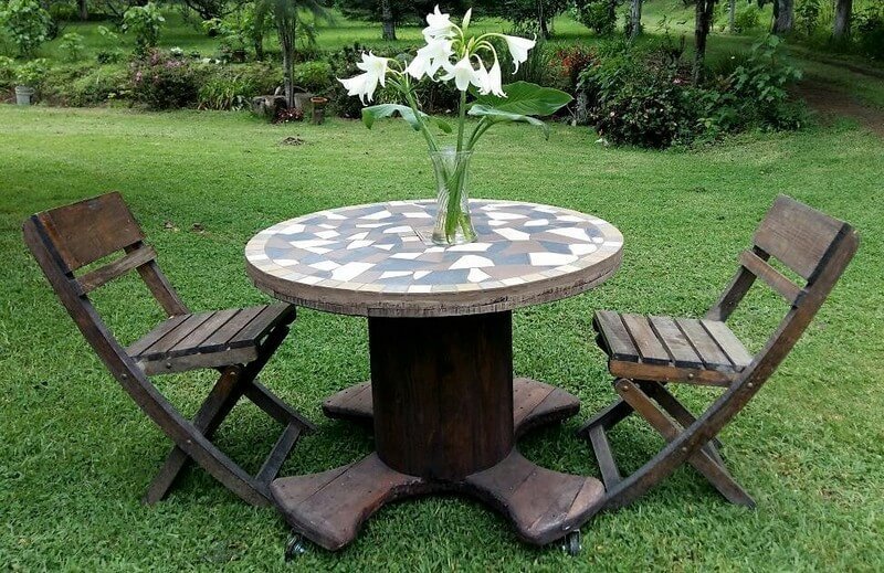 pallets cable reel garden furniture