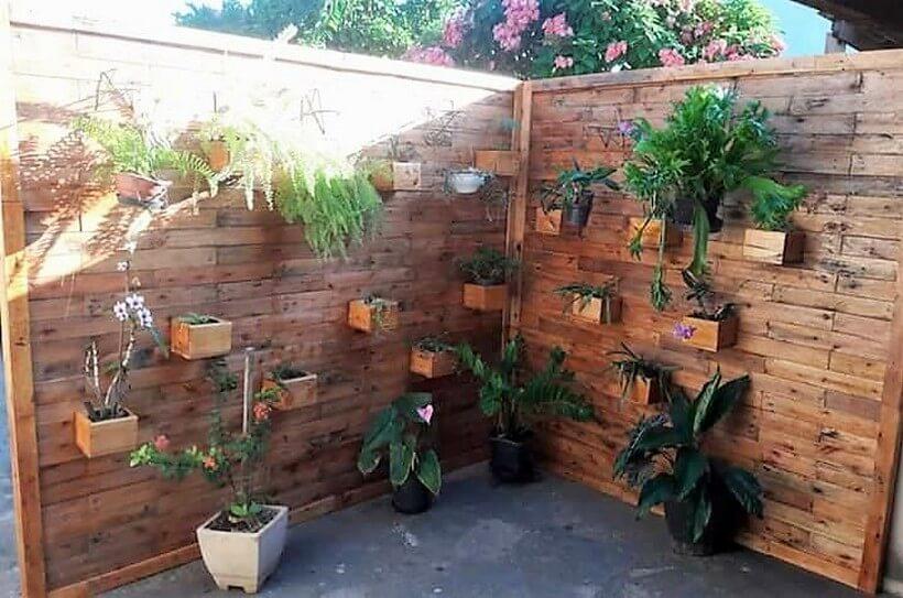 pallet garden wall art