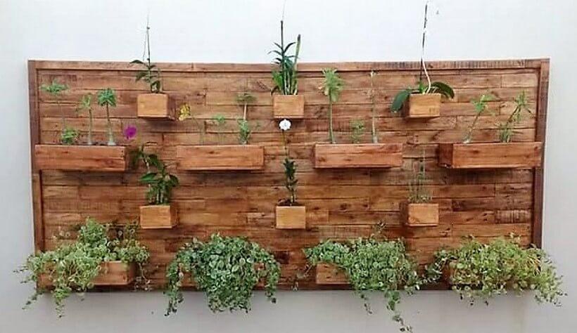 pallet vertical wall planter