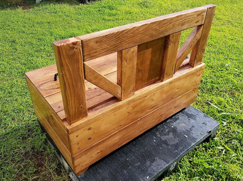 reused pallet bench chest