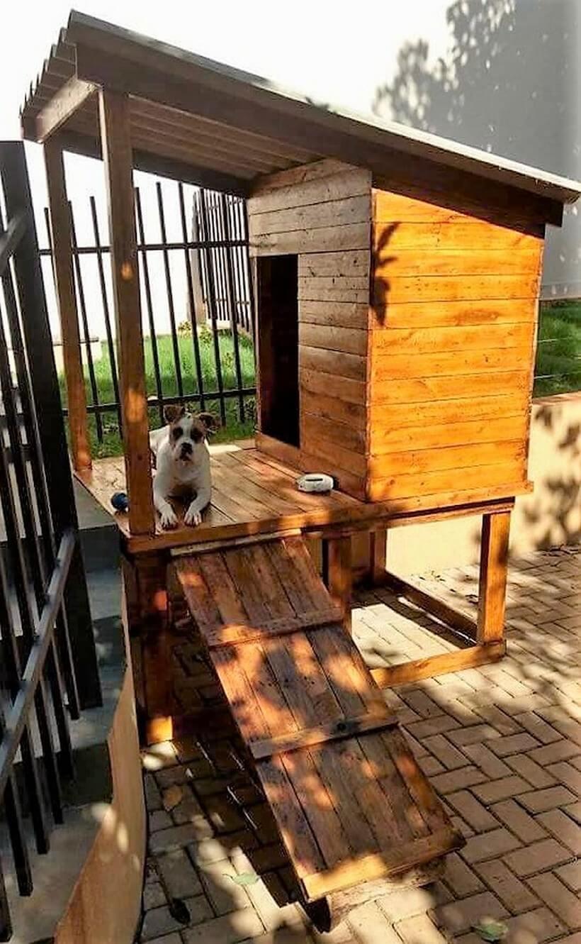 wood pallet dog house